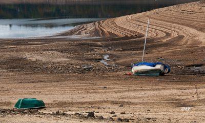 Le lac du Laouzas en basses eaux 34