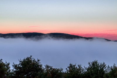 Condensation matinale au-dessus du lac du Laouzas 1