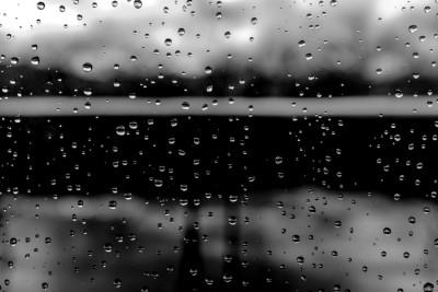 Pluie sur la terrasse