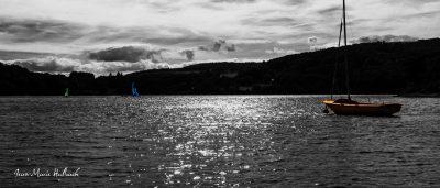 Lac du Laouzas. Voiliers d'un soir