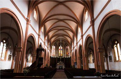 Senones en Salm. Intérieur de l'église abattiale Saint Gondelbert