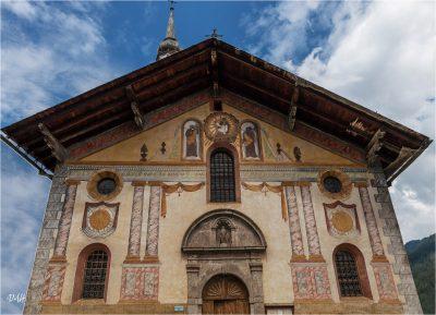 Hauteluce : façadede l'église