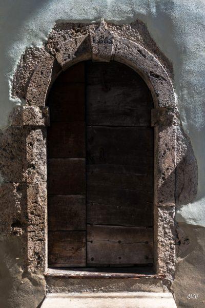 Arêches-Beaufort : une porte de l'église