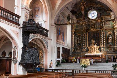 Beaufort-sur-Doron : intérieur de l'église