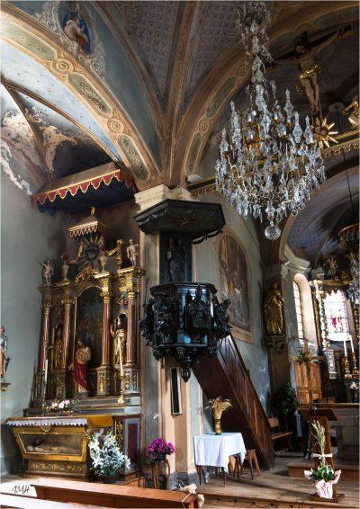 Hauteluce : intérieur de l'église 3