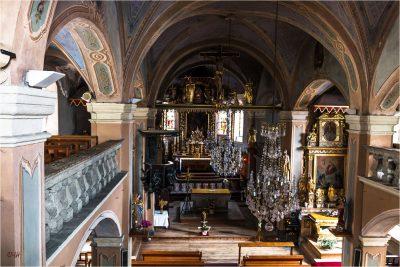 Hauteluce : intérieur de l'église 2