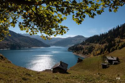 Beaufortain lac de Roselend, carte postale d'automne