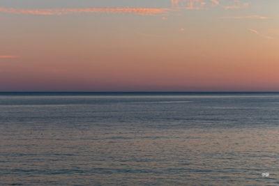 Bretagne en baie d'Audierne. Horizon pastel