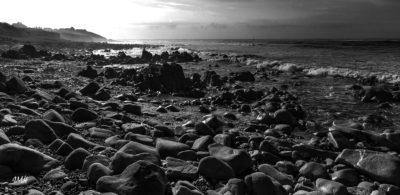 Bretagne en baie d'Audierne. Heure bleue matinale Noir & Blanc