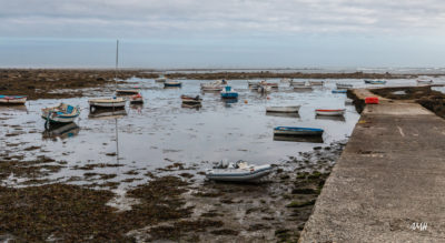 Bretagne en baie d'Audierne. Marée basse à Penmarch